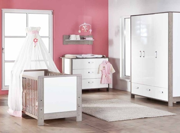 voilage pour chambre bb latest rideau chambre bebe garcon. Black Bedroom Furniture Sets. Home Design Ideas